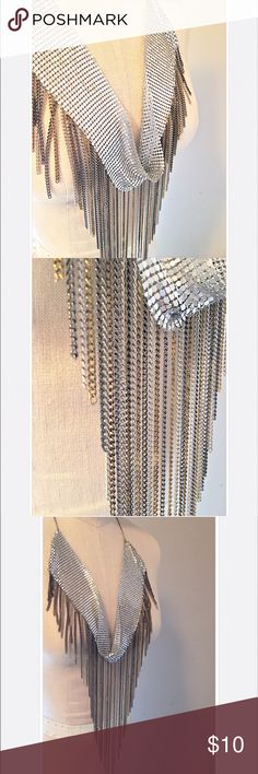 Arden B. Bib + Fringe Mixed Metal Chain Necklace Arden B. Bib + Fringe Mixed Metal Chain Necklace//Never Worn + Great Condition👍🏻//Let me know if you need add'l info or pics! Arden B Jewelry Necklaces