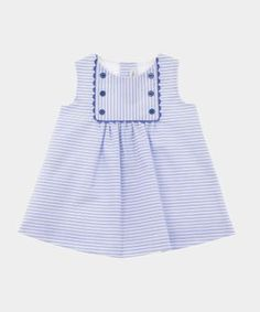 Baby Girl Frocks, Kids Frocks, Frocks For Girls, Baby Girl Dress Patterns, Kids Clothes Patterns, Newborn Girl Dresses, Little Girl Dresses, Baby Frocks Designs, Cute Baby Clothes