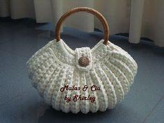 Crochet Wallet, Crochet Tote, Crochet Handbags, Crochet Purses, Crochet Bag Tutorials, Crochet Basics, Crochet Patterns, Crochet Market Bag, Yarn Bag