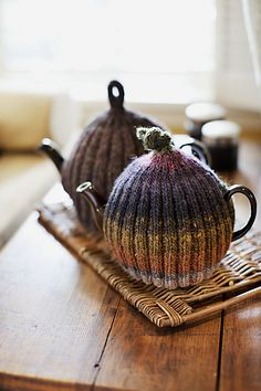 Ribbed & Ruffled Tea Cozies by Churchmouse Yarns and Teas