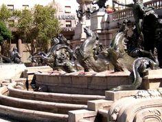 Fuente en plaza del Congreso-Buenos Aires