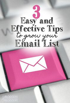 Grow your audience & increase blog traffic by building your subscriber list. These easy tips will help you grow your email list and gain new subscribers.: