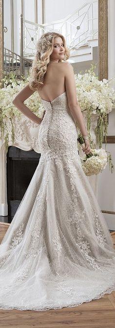 Bellethemagazine wedding dresses | Justin Alexander Collection | Floor Ivory Mermaid / Trumpet Sweetheart $$$ ($2,001-3,000)