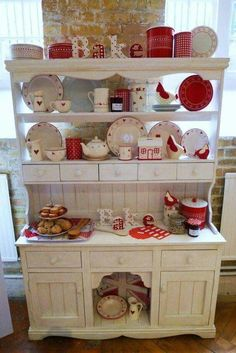 If You Are Trying To Redesign Your Home Then Try These Country Shabby Chic Decorating Ideas To Make Your Home Into Something Truly Special Red And White Kitchen, Red Kitchen, Country Kitchen, Vintage Kitchen, Kitchen Decor, Kitchen Design, Kitchen Dresser, Kitchen Plants, Cherry Kitchen