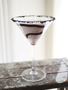 Recipe: Cookies & Cream Martini