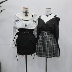 Mode ⋮ │ ˚ *. ☆ sur We Heart It - # daintyjewelry . - Mode ⋮ │ ˚ *. ☆ sur We Heart It– # coeur - Ulzzang Fashion, Kpop Fashion Outfits, Stage Outfits, Edgy Outfits, Korean Outfits, Mode Outfits, Cute Casual Outfits, Cute Fashion, Pretty Outfits