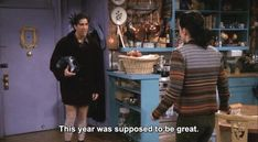 Fans of 'Friends' have noticed Ross Gellar's new year's attitude in 'The One With All The Resolutions' is still super relatable in Ross Friends, Friends Moments, Friends Tv Show, Friends Scenes, Yearbook Quotes, Tv Quotes, Movie Quotes, Nice Quotes, Twitter Header Photos