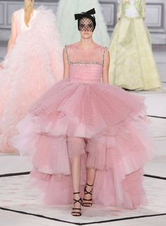 Giambattista Valli Spring 2015 Couture rose pink gown with layered tulle frilled skirt