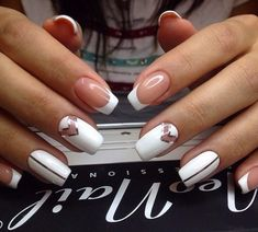 Having short nails is extremely practical. The problem is so many nail art and manicure designs that you'll find online Simple Elegant Nails, Elegant Nail Art, White Nail Art, White Nails, Spring Nail Art, Spring Nails, Short Nail Designs, Nail Art Designs, Nail Art Blanc