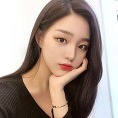 Pretty Korean Girls, Korean Beauty Girls, Cute Korean Girl, Cute Asian Girls, Beautiful Asian Girls, Sweet Girls, Asian Beauty, Korean Makeup Look, Ulzzang Korean Girl