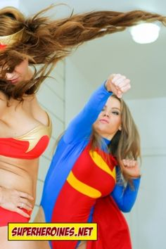 Sonic Girl punches Wonder Woman
