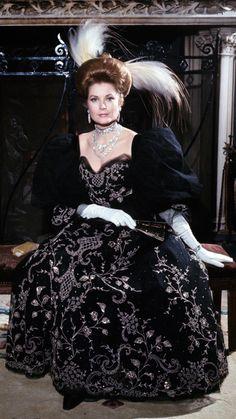Grace Kelly | Keep The Glamour Via ~LadyLuxury~