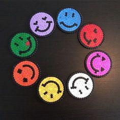 Smiley perler beads by lilysart_scrap Perler Bead Emoji, Diy Perler Beads, Perler Bead Art, Pearler Beads, Fuse Beads, Melty Bead Patterns, Pearler Bead Patterns, Perler Patterns, Beading Patterns