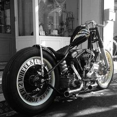 pugbobber: Old school #motorcycle #bobber#custom#cafe#chopper#ride#bike#harleydavidson#caferacer#sportster#caferacer #harley #choppershit
