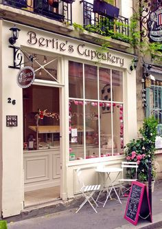 Bertie's CupCakery - Paris, France. I want to be right there on that bistro chair.