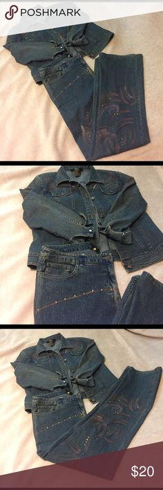 Women's set top and bottom jeans Women's jeans set used good condition Other