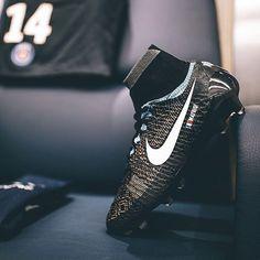 81ec81c3ed47 SoccerBible Top 20 2016  3  The Nike Magista Obra