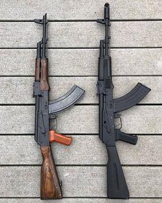Military Weapons, Weapons Guns, Guns And Ammo, Kalashnikov Rifle, Battle Rifle, Anime Weapons, Custom Guns, Photo Couple, Cool Guns
