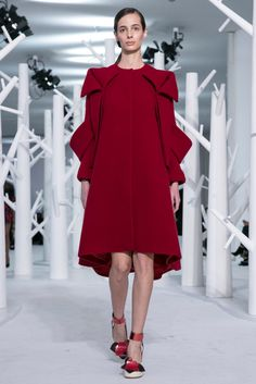 A look from the Delpozo Fall 2015 RTW collection.