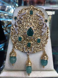 Morocco | Traditional golden arabian headpiece, 21st century. Tribal Jewelry, Gold Jewelry, Vintage Jewelry, Moroccan Jewelry, Hair Jewellery, Jewelry Photography, Diamond Are A Girls Best Friend, 21st Century, Jewelry Sets