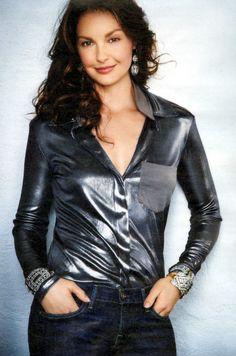 Interview - aj intmag06 02 - Ashley-Judd.com
