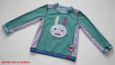 """shirt pattern """"Hilde"""" by farbenmix.de  embroidery by Huups/Paulapue"""
