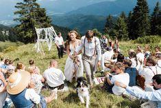 Almhochzeit: Heiraten in den Bergen Boho Stil, Bergen, Austria, Couple Photos, Couples, Weddings, Garden Parties, Unique Wedding Venues, Getting Married