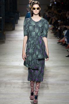 Vanessa Moody, Dries Van Noten Spring 2016 Ready-to-Wear Collection Photos - Vogue