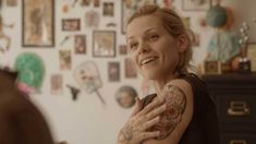 The star of 'The Broken Circle Breakdown' won Best Actress at the 2013 European Film Awards over the weekend. The Broken Circle, Series Gratis, Tv Icon, Photography Movies, Circle Tattoos, Cult, Madly In Love, Film Awards, Best Actress