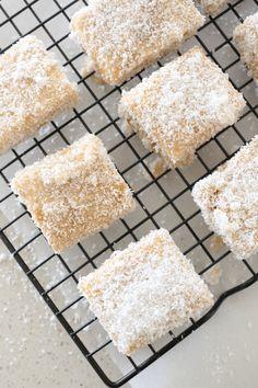 Lamingtons Recipe, Australian Desserts, Coconut Icing, Afternoon Tea Cakes, Cold Cake, Chocolate Icing, Recipe Please, Shredded Coconut, Sponge Cake