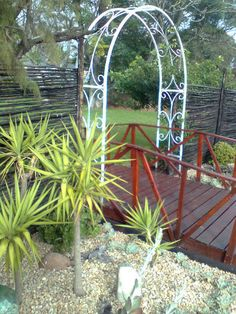 Metal garden arches  R1500