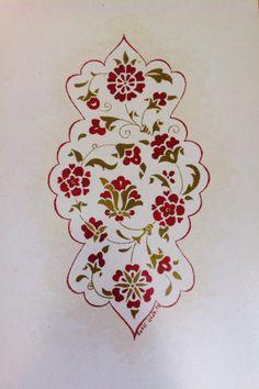 Betül Özgün Tasarım Tezhip Çift Tahrir Islamic Art Pattern, Pattern Art, China Painting, Ceramic Painting, Turkish Pattern, Arabic Calligraphy Design, Arabesque Pattern, Islamic Paintings, Turkish Art