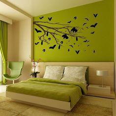 Bedroom decor with bats! Decoração do quarto feita com morcegos! Adorei!