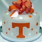 wouldn't a TN tailgater love this? My parents would love this. I shall make this their anniversary cake lol!