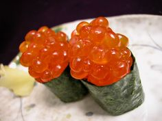 Ikura -- my absolute, absolute, absolute favorite sushi of all time!