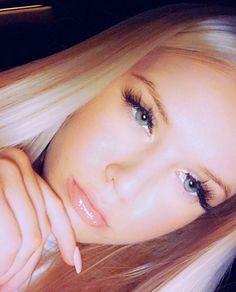 ❤️Ka¥la Kiss❤️ Blonde Beauty, Blonde Hair, Nose Hoop, Pretty Boys, Makeup Looks, Facial, Hair Color, Girly, Make Up