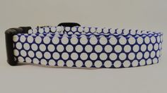 Show your pup off with this overly adorable purple and white polka dot dog collar!!