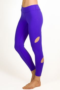 Show a touch of skin in these new Kira Grace Iris Warrior Tiffany Seva Legging.