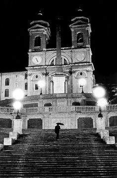 The Spanish Steps, Rome. The BEST place to people watch/hang out at night. Best Places To Vacation, Places To Travel, Oh The Places You'll Go, Places Ive Been, Treads And Risers, The Last Summer, Rome Travel, To Infinity And Beyond, Beautiful Landscapes