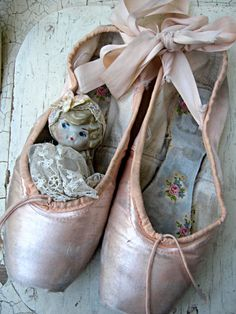 Vintage pink ballet toe shoes made in by LittleBeachDesigns, $38.00