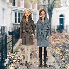 The summer is over and we are facing the cold time with this nice coats.   El verano ha terminado y nos vamos preparando ya para el frío, j...