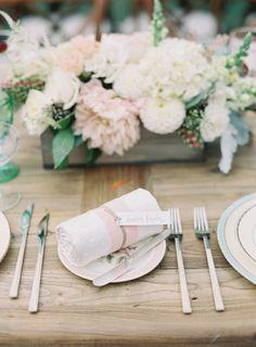 Sweet decor: http://www.stylemepretty.com/2015/04/13/pastel-malibu-ranch-wedding/ | Photography: Caroline Tran - http://carolinetran.net/