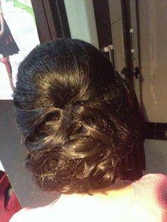 Graduation hairdo
