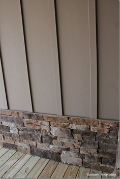 37 ideas exterior wood siding modern board and batten for 2019 Exterior House Siding, Exterior House Colors, Exterior Paint Colors For House With Stone, Farmhouse Exterior Colors, Stone On House Exterior, House Ideas Exterior, Exterior Design, Outside House Colors, Siding Colors For Houses