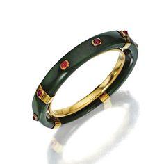 18 karat gold, nephrite and ruby bangle-bracelet, Cartier, Paris, circa 1940 Cartier Jewelry, Cartier Love Bracelet, Antique Jewelry, Gold Jewelry, Vintage Jewelry, Gemstone Jewelry, Fine Jewelry, Ruby Bangles, Gold Bangles