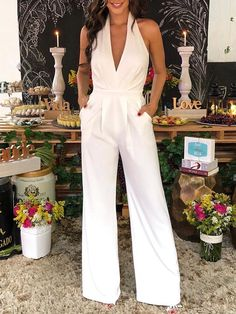 Solid Halter Backless Ruched Wide Leg Jumpsuit - Fashion Able Trend Fashion, Look Fashion, Fashion Outfits, Feminine Fashion, Womens Fashion, Ladies Fashion, Fashion Ideas, Casual Jumpsuit, Jumpsuit Dress