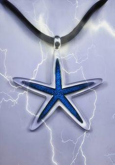 Colgante de plata y esmalte azul en forma de estrella de mar…