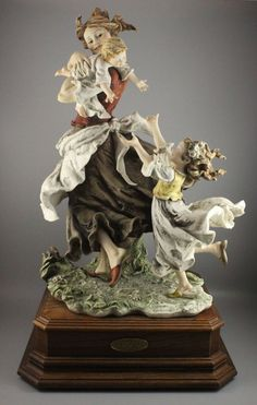 Rare large Giuseppe Armani Figurine Circle Of Joy LIMITED MINT IN BOX WorldWide