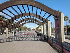 Promenade am Hafen Port Vell in Barcelona