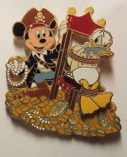 Disney Pin Pirates of the Caribbean Disney Characters Mickey & Donald Treasure